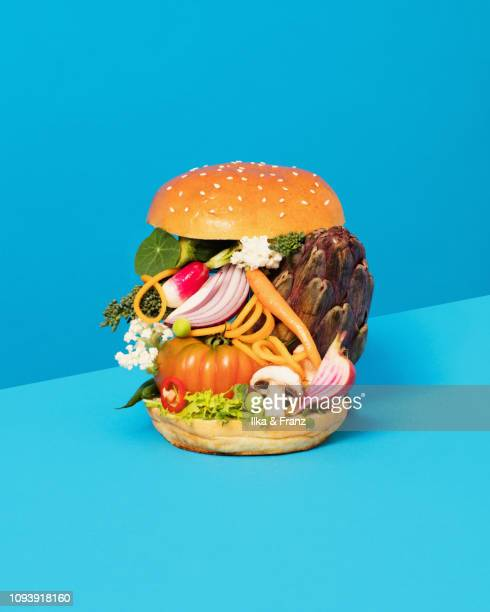 vegetable burger - vegetarian food stock pictures, royalty-free photos & images
