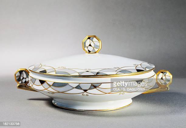 Vegetable dish with Art Deco ornamental geometric motif hard white porcelain Limoges manufacture France 20th century Limoges Musée AdrienDubouché