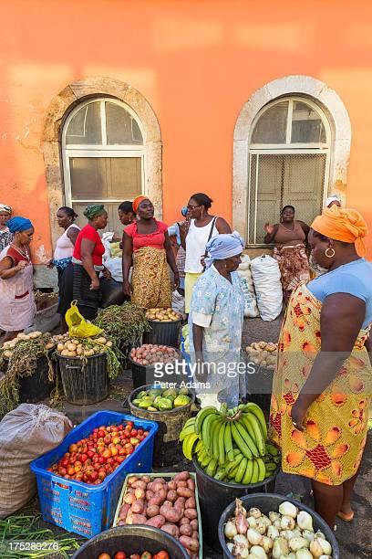 vegetable market, praia, santiago island - praia stock pictures, royalty-free photos & images