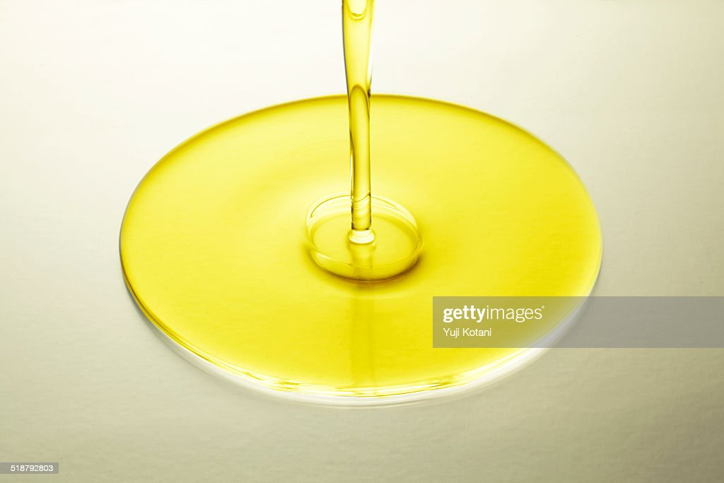 Vegetable oil : Stock Photo
