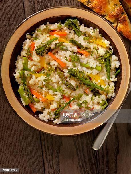 Risoto com legumes frescos salsa e Pão Tipo Piza