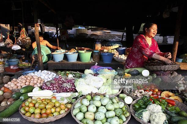 Vegetable sellers in Siem Reap