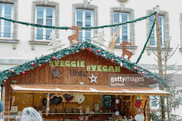 A vegetarian and vegan stand at the christmas market in Forchheim Christmas Market in the Northern Bavarian town of Forchheim It snowed heavily but a...
