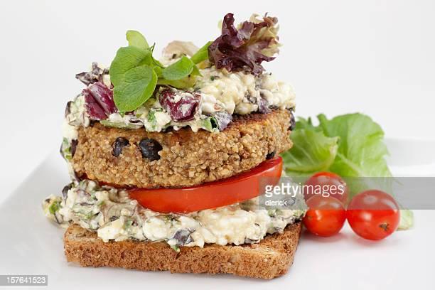 Hamburger végétarien sandwich de pain complet