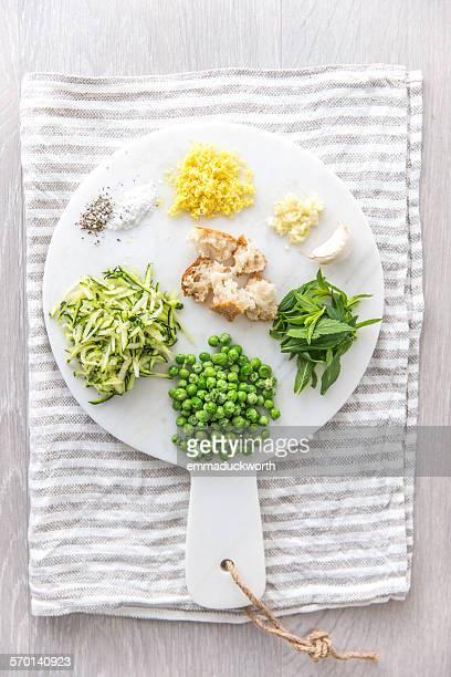 Vegetarian ingredients for pasta sauce