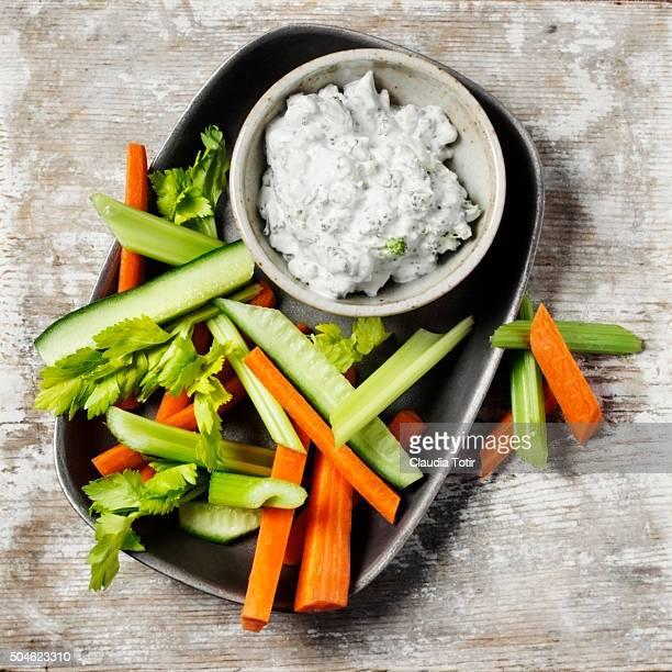 Veggie platter with yogurt dip