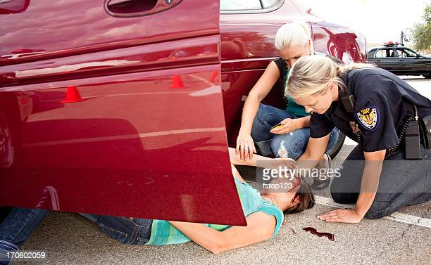 vehicle accident, car crash. victim, driver injured. police. wreck. - head injury stock photos and pictures