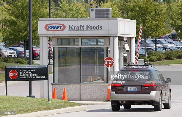 A vehicle pulls up to a security gate at Kraft Foods corporate headquarters August 5 2003 in Northfield Illinois Northfield Illinoisbased Kraft Foods...