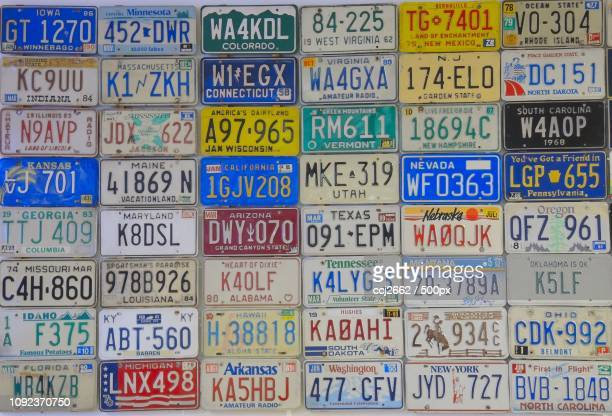 Vehicle registration plates of the United States