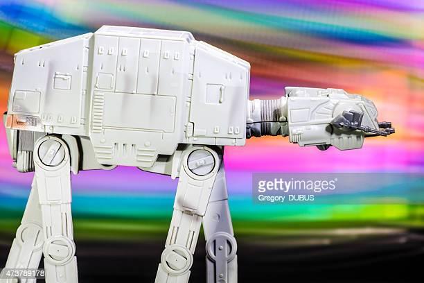at-at véhicule starfighter vaisseau spatial jouet de star wars saga de films - lego star wars photos et images de collection