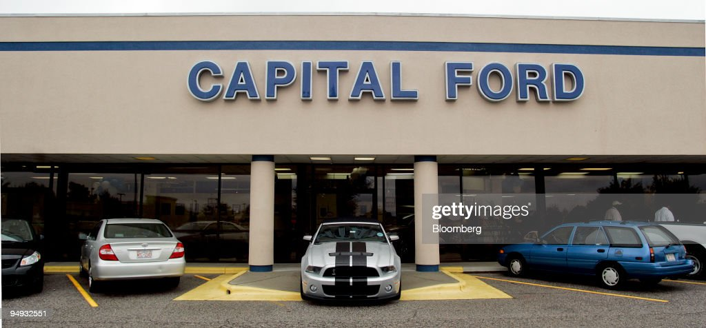 Capital Ford Raleigh >> Vehicles Are Parked Outside The Capital Ford Dealership In Raleigh