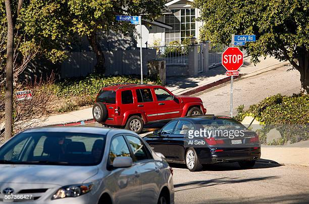 OAKS CA JANUARY 05 2015 Vehicles crowd the intersection of Cody Road and Woodcliff Road in Sherman Oaks Monday morning January 05 2015 Residents say...