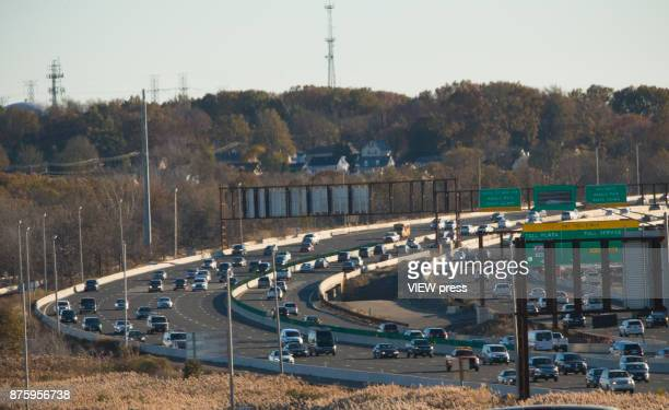 Vehicles move along the Garden State Park Way on November 17 2017 in Keasbey New Jersey The United States is still contributing to the global...