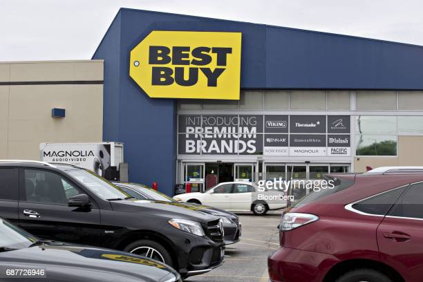 60 Top Inside A Best Buy Co Store Ahead Of Earnings Figures