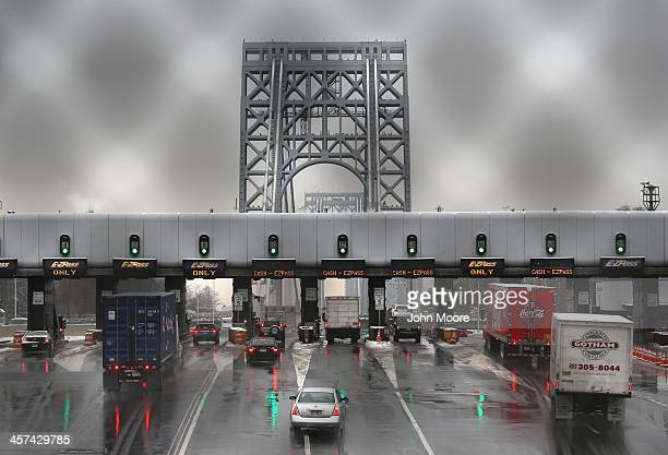 Vehicles slow for tolls before crossing the George Washington Bridge on December 17 2013 in Ft Lee New Jersey New Jersey's Republican Governor Chris...