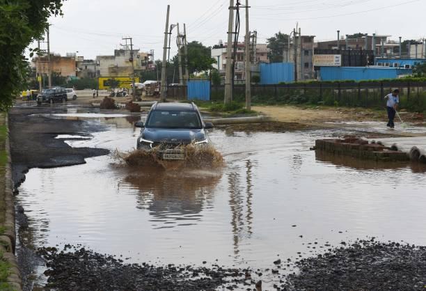 IND: Heavy Rain Lashes Delhi-NCR