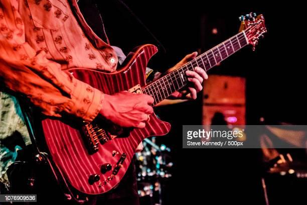 veins run thru it. - moderne rockmusik stock-fotos und bilder