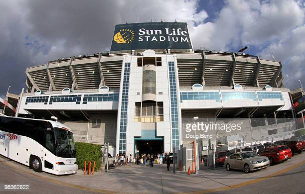 A veiw from the outside of the stadium before the Los Angeles Dodgers take on the Florida Marlins during the Marlins home opening game at Sun Life...