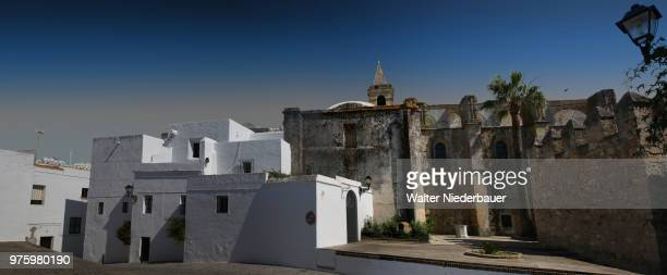 vejer de la frontera, kirche - kirche stock pictures, royalty-free photos & images