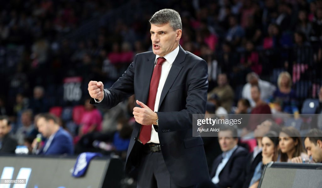 Velimir Perasovic, Head Coach of Anadolu Efes Istanbul in action during the 2017/2018 Turkish Airlines EuroLeague Regular Season Round 1 game between Anadolu Efes Istanbul v Real Madrid at Sinan Erdem Dome on October 12, 2017 in Istanbul, Turkey.
