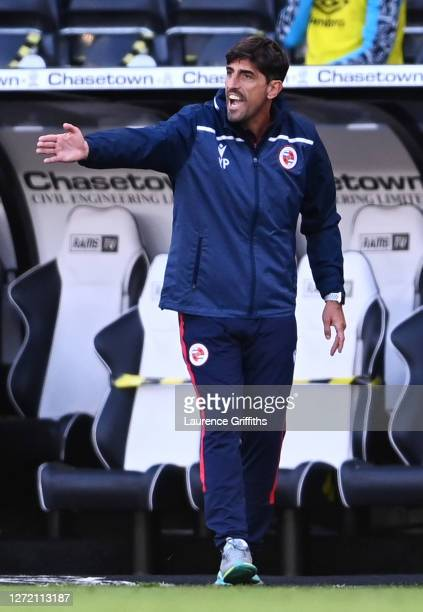 Veljko Paunovic Manager of Reading FC gives his team instructions during the Sky Bet Championship match between Derby County and Reading at Pride...