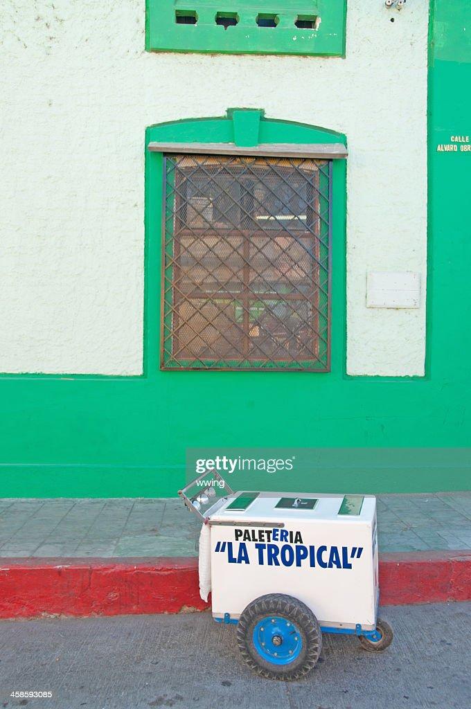Vendor And Ice Cream Cart San Jose Del Cabo Stock Photo Getty Images