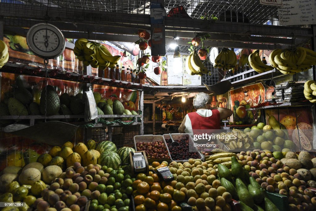 Venezuela's Bolivarian National Guard  Take Control Of Local Markets
