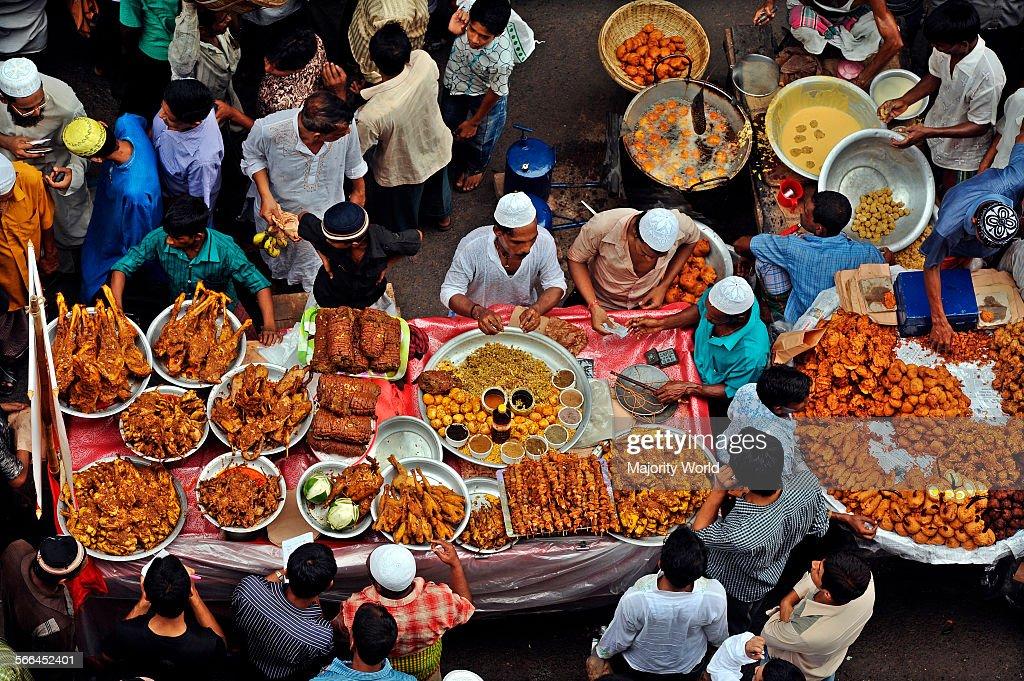Vendors at Chawk Bazaar : News Photo