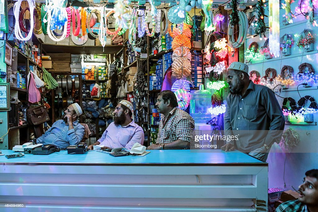 Vendors sit waiting for customers at a lighting store in the Null Bazar market area in Mumbai, India, on Thursday, Feb. 26, 2015. India's Finance Minister Arun Jaitley will present this year's budget on February 28. Speculation that Prime Minister Narendra Modi's policies will boost economic growth has propelled India's Sensex to the world's third-biggest gain among major markets during the past 12 months. Photographer: Dhiraj Singh/Bloomberg via Getty Images