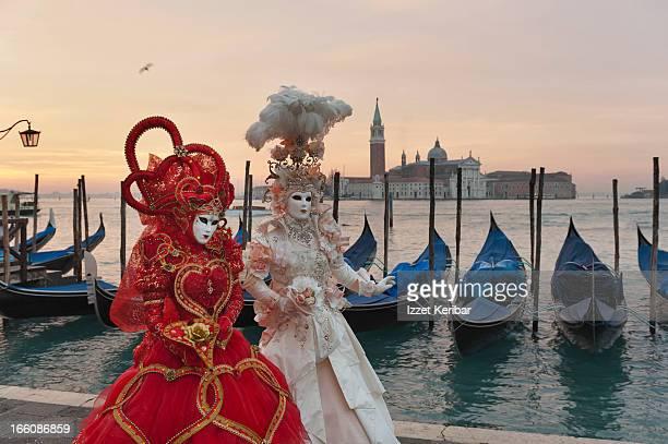 venetian carnival masks - carnaval de veneza imagens e fotografias de stock