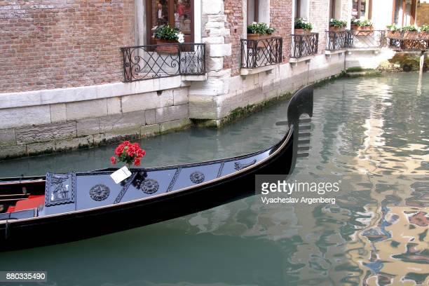 venetian gondola - argenberg stock pictures, royalty-free photos & images