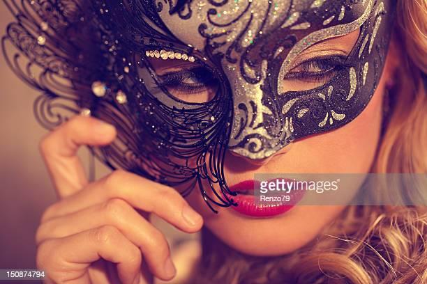 Máscara veneciana rubia