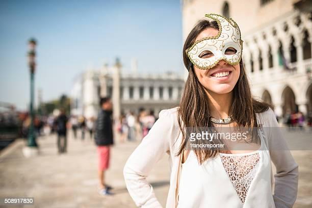 venetian mulher de Carnaval em Veneza
