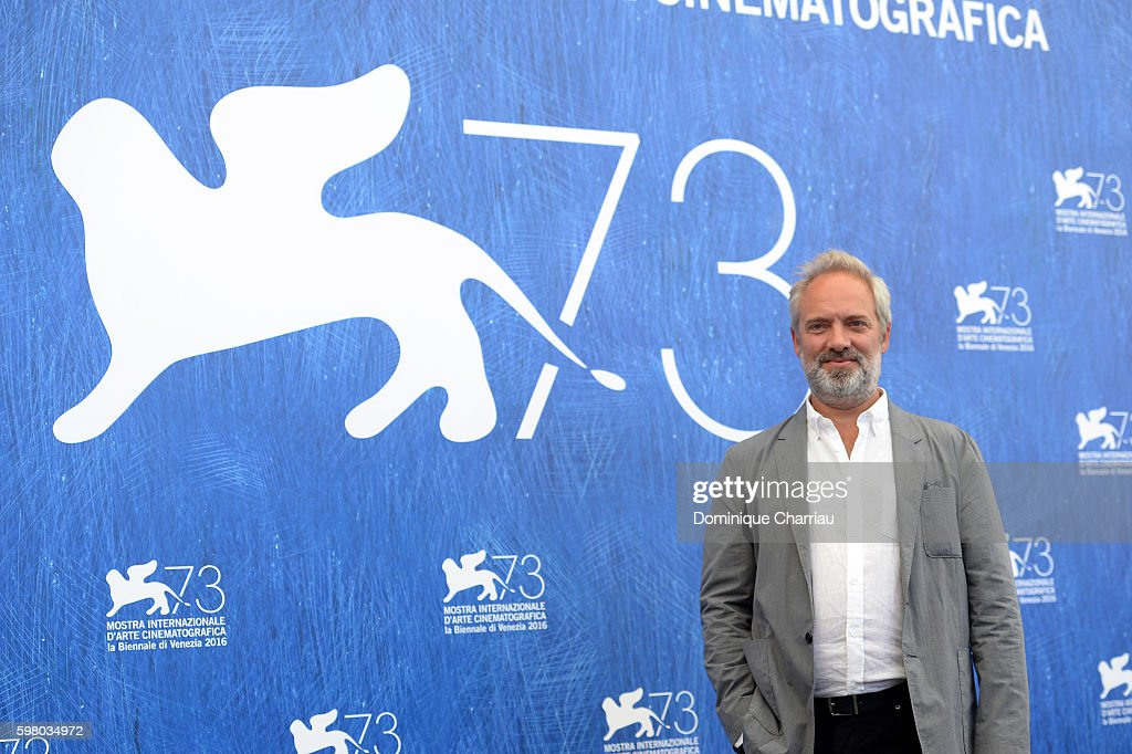 'Venezia 73' jury president Sam Mendes attends the photocall of the jury during the 73rd Venice Film Festival on August 31, 2016 in Venice, Italy.