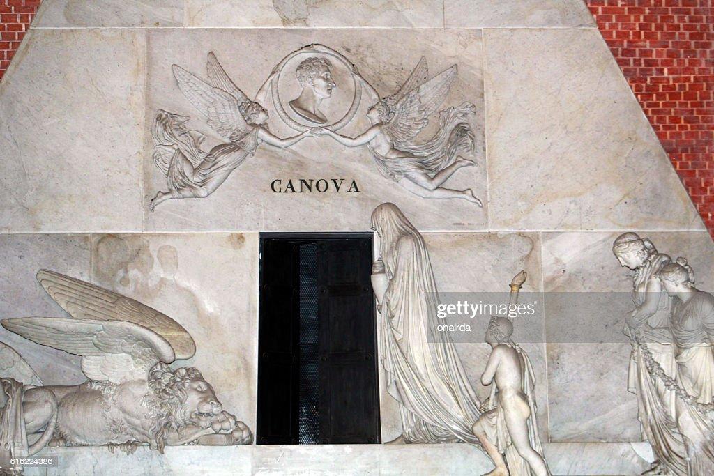 venezia tomba di canova : Stock Photo