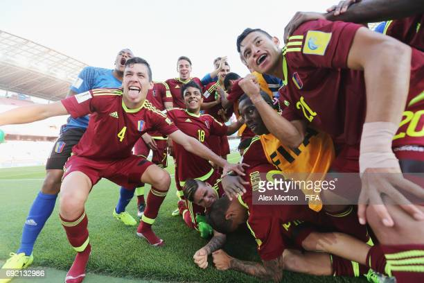 Venezuela players celebrate at the final whistle during the FIFA U20 World Cup Korea Republic 2017 Quarter Final match between Winner Venezuela and...