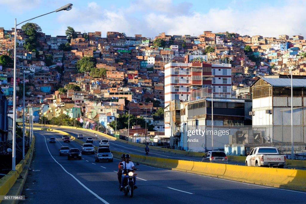 Venezuela, Santiago de Leon de Caracas: shanty towns. : News Photo