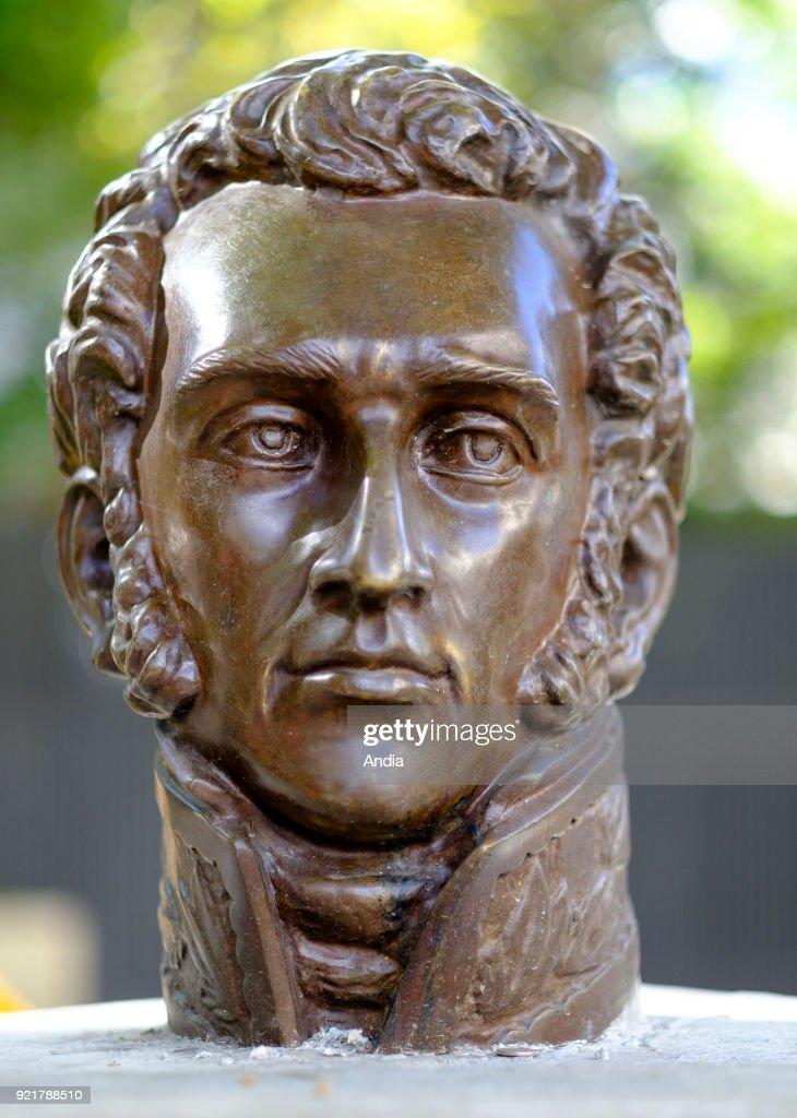 Statue of Antonio Jose de Sucre y Alcala. : News Photo