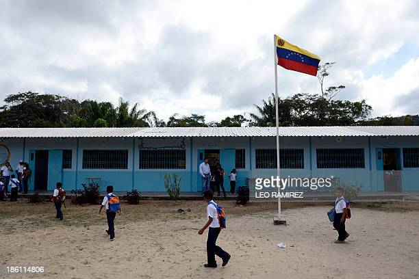 Venezuelan boys and girls from different native ethnic groups are pictured at the Esperanza multiethnical school in Puerto Ayacucho in the Venezuelan...