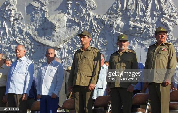 Venezuelan chancellor Jose Vicente Rangel participates with Cuban Revolution leaders in a 33rd anniversary ceremony of the combat of the...