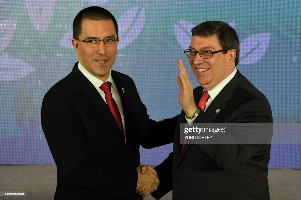 VENEZUELA-NON-ALIGNED-CUBA-ARREAZA-RODRIGUEZ : News Photo