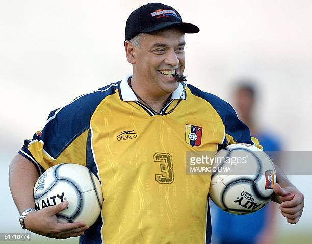 Venezuelan national soccer team head coach Richard Paez smiles during practice 12 November 2001 at the municipal stadium in Sao Luis northern Brazil...