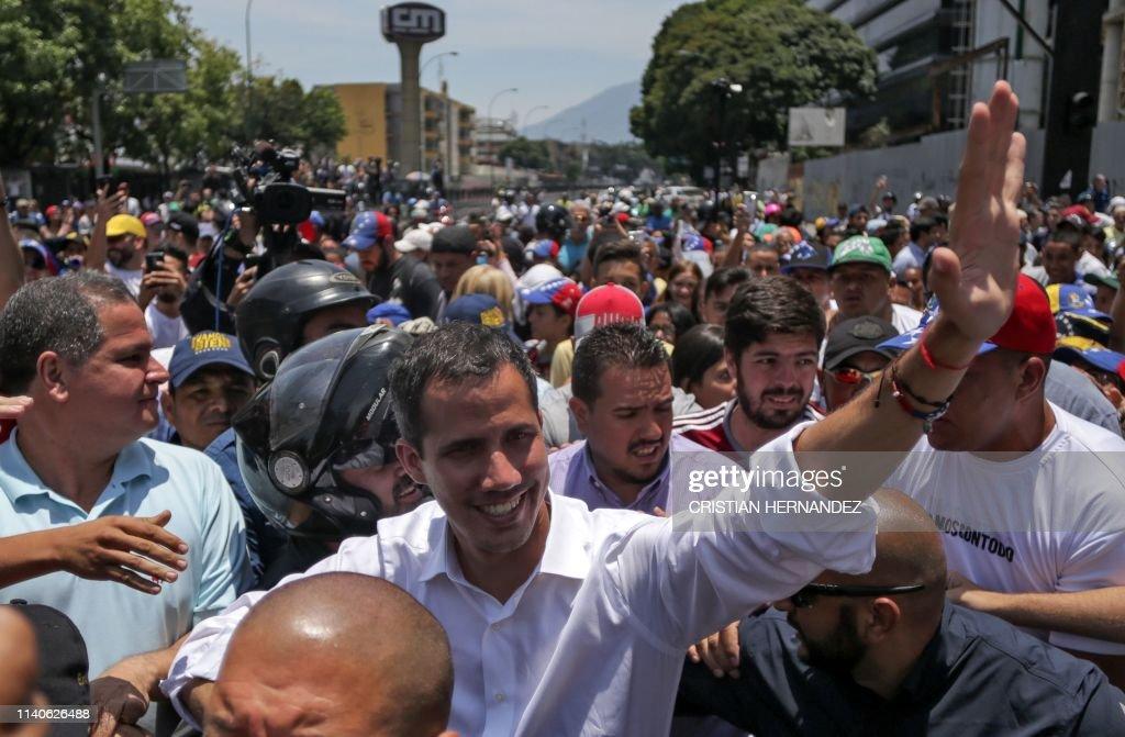 VENEZUELA-CRISIS-OPPOSITION-GUAIDO-MAY DAY : News Photo