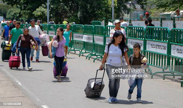 Venezuelans cross the border from San Antonio del Tachira in Venezuela into Cucuta in Norte de Santander Department Colombia through the Simon...