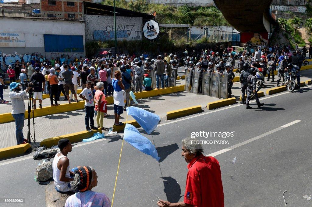 VENEZUELA-CRISIS-FOOD-SHORTAGE-PROTEST : Fotografía de noticias