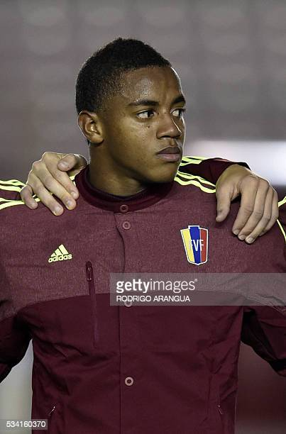 Venezuela's goalkeeper Wuilker Farinez poses for pictures before the start of the friendly match against Panama at the Rommel Fernandez stadium in...