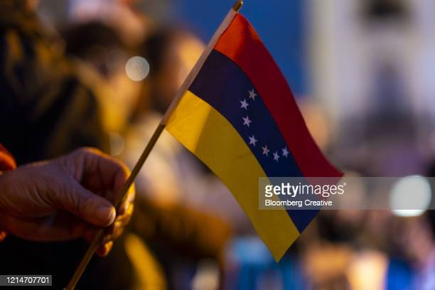 venezuela's national flag - venezuela fotografías e imágenes de stock