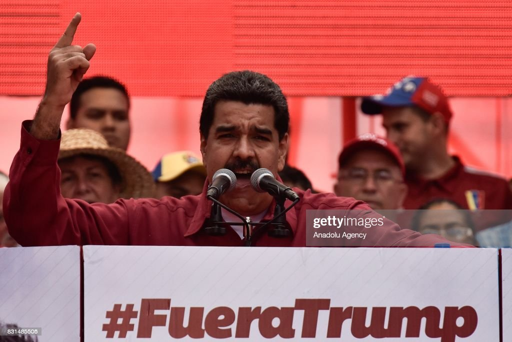 Protest supporting Nicolas Maduro and opposing Donald Trump in Venezuela : News Photo
