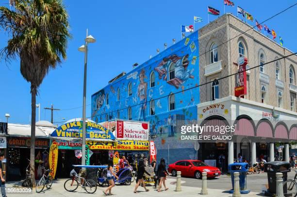 Venice Beach, CA stroll along main street