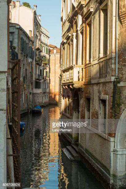 venice canal - lara platman stock pictures, royalty-free photos & images